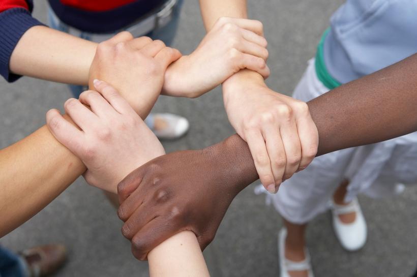 integration_haende_arme_diversitaet_migrationshintergrund